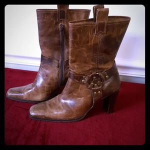 Matisse Distressed Brown Leather Boots